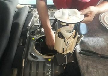 Khi nào cần phải thay thế Bơm xăng ô tô?